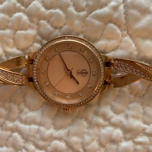 Jennifer Lopez Rose Gold Watch